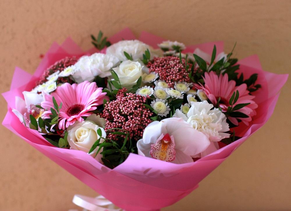 Какие цветы подарить подруге на 35 лет, букет для невесты